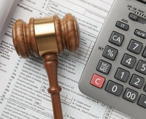 tax-law-gavel-and-calculator